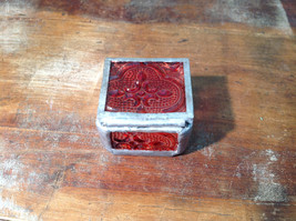 Red Embossed Glass Ring Box with Mirrored Bottom Paisley Designed Glass Handmade image 5