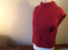 Red Knitted Sleeveless Turtleneck Stretch Sweater Brand 262-1/2 Size Medium image 5