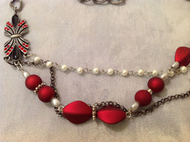 Red Silver Black colored Bead and Metal necklace strand with crystal stones image 2