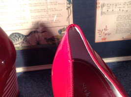 Red Style and Company Wedge Heel Shoes Size 8M Great Condition See Pictures image 9