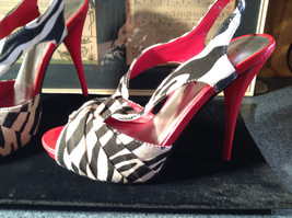 Red and Zebra High Heels Size 7 Wild Rose All Man Made Material image 2
