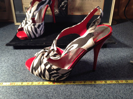 Red and Zebra High Heels Size 7 Wild Rose All Man Made Material image 4