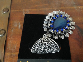 Round Shaped Large Blue Stone and Small Blue Crystals Silver Tone Scarf Pendant image 3