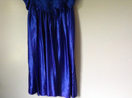 Royal Blue Vintage Ball Gown Dress Laced on Top Bow Zipper on Back image 4