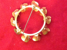 """Round Gold Ring w Colorful Pastel Flowers Floral Brooch Pin 3"""" Diameter image 4"""