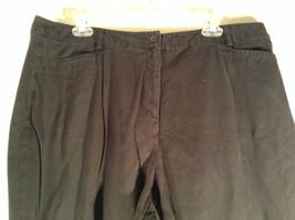 Sag Harbor Stretch Size 18 Black Capri Pants Front and Back Pockets Zip Closure image 2