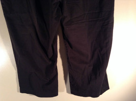 Sag Harbor Stretch Size 18 Black Capri Pants Front and Back Pockets Zip Closure image 6