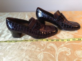 Salamander Shoes with Heel Size Five and a Half Brown Purple Tint image 8