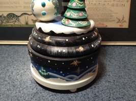 Santa Music Box Turn Top to Wind Up with Snowman Christmas Tree Russian image 3