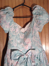 Seafoam Green Purple Floral Pattern Full Length Dress Ruffled Bottom Size 11-12 image 3