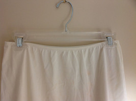Sears Long Length Cream Slip Lace Design at Bottom Elastic Waistband Size Medium image 4