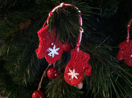 Set of 6 Glittery Pairs of Hat and Mitten Tree Ornaments image 4