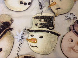 Set of 6 vintage image wood Snowman head ornaments with glitter and snowflakes image 6