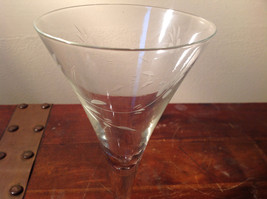 Set of Five Tall Champagne Glass Stemware Cooper Wheel Engraving High Quality image 3