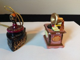 Set of Two Vintage Ornaments Iron and Mugicale Old Fashion Musical Player image 2