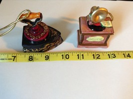 Set of Two Vintage Ornaments Iron and Mugicale Old Fashion Musical Player image 9
