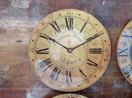 Set of Four Vintage Clock Face Glass Trays Roman Numeral Numbers image 2