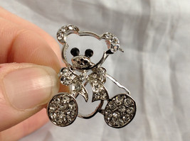 Silver Tone Bear with White Crystals Brooch/Pin Black Stone Eyes Pin Closure image 7