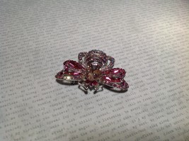 Silver Tone Crystal Inlaid Pink Bee Brooch Pin Light and Dark Pink image 3