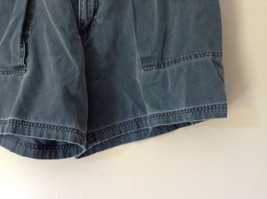 Size 38 Casual Blue Shorts by St. Johns Bay 100 Percent Cotton Front Back Pocket image 3
