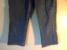 Size 8 Petite Denim Jeans Blue Caslon Front Back Pockets Zipper Button Closure image 3