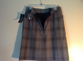 Size 8 Black and Gray Plaid Lined Skirt by Ninety Button Zipper Clasp Closure image 3