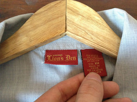 Size XX Light Gray Short Sleeve Shirt Full Front Zipper Closure Lions Den image 5