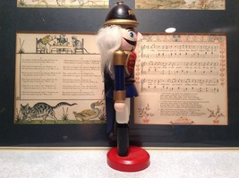 Small Soldier Nutcracker with Movable Arms Eight and a Half Inches Tall image 3