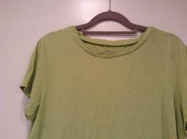 Talbots Short Sleeve Plain Light Green Citrus Green T Shirt Size Medium image 2