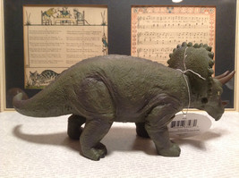 Triceratops Geo Central Green Rubber Toy Dinosaur New with Tag image 6