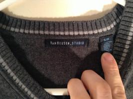 Van Heusen Dark Gray Light V Neck Sweater Size Small Petite 100 Percent Cotton image 3