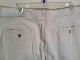 Very Nice Light Gray Size 18W Petite Casual Capri Pants by Lee image 5