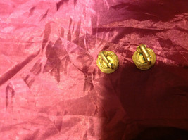 Very pretty Gold Green Emerald Clip-on Earrings 1.5 Inches image 3