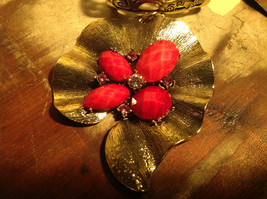 Very Pretty Red Stones and Crystal Leaf Shaped Gold Tone Scarf Pendant image 4