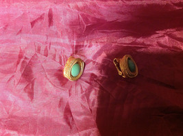 Very pretty Gold Green Emerald Clip-on Earrings 1.5 Inches image 2