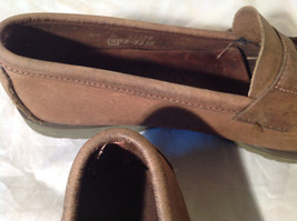 Vibram Size 8 and a Half Brown Hand Sewn in USA Penny Loafers  Half Inch Heel image 5