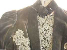 Vintage Victorian style Black velvet beaded long sleeve bodice jacket image 3