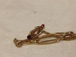 Vintage gold tone Anson tie clip with red stud stones image 5