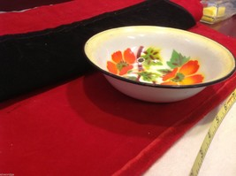 Vintage enamelware small bowl with flower floral stencils image 6