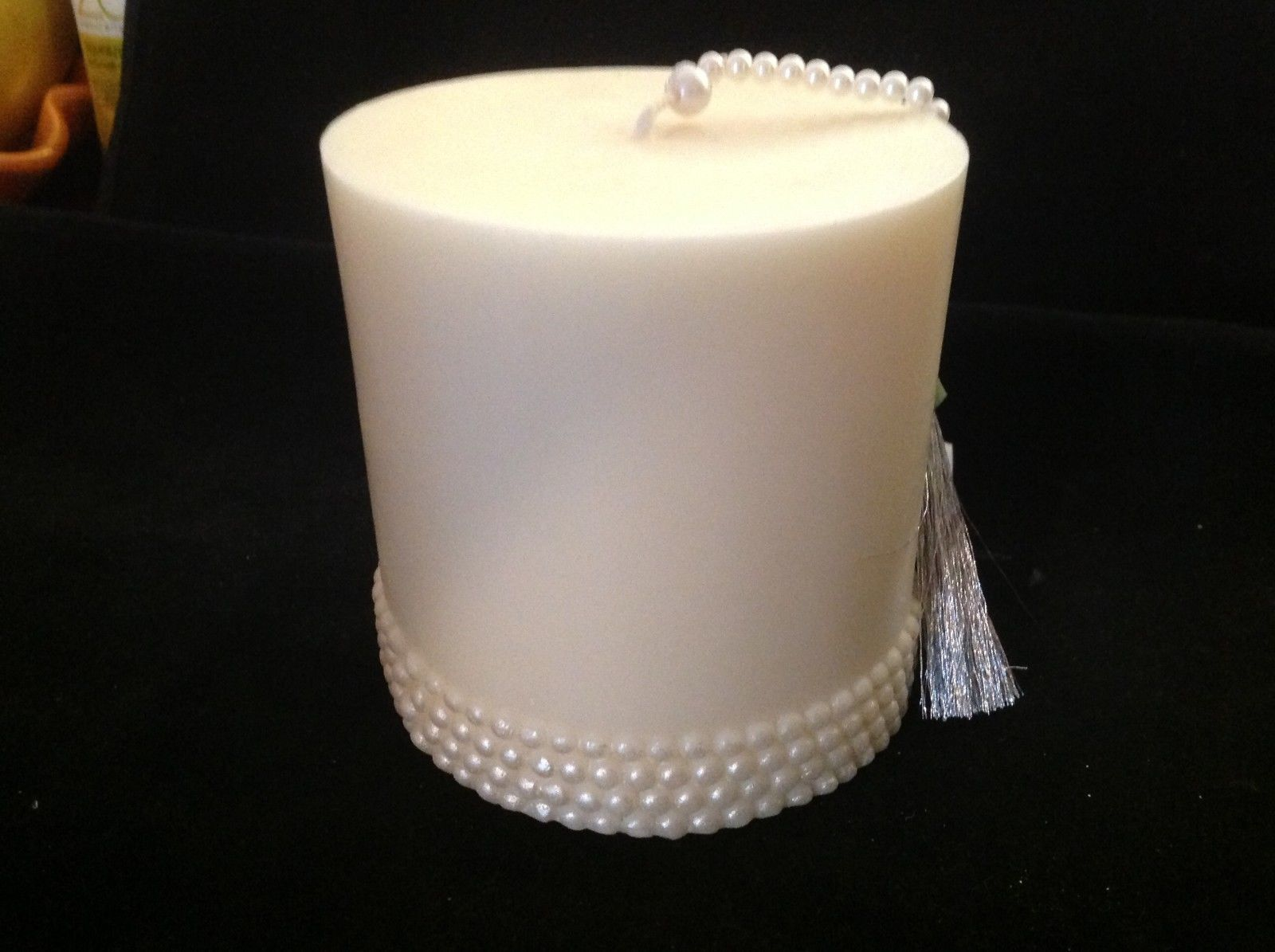 Volcanica Beeswax Palm candle Crystal Pearl ceremonial made in Bali