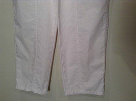 Weekends White Pleated Front Casual Pants Size 32 Front and Back Pockets image 4