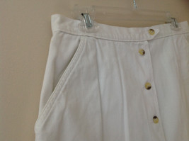 White Front Button Up Skirt Knee Length Pockets Cherokee Size 13/14 image 3