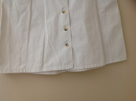 White Front Button Up Skirt Knee Length Pockets Cherokee Size 13/14 image 4