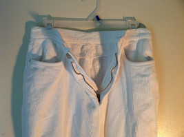 White Corduroy J Crew Pants Front and Back Pockets Zipper Button Closure Size S image 3