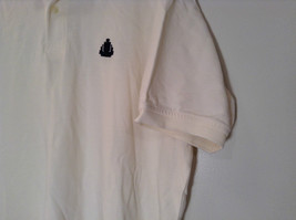 White Short Sleeve IZOD 100 Percent Cotton Polo Shirt Size XL Front Shorter image 3