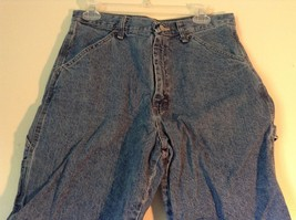 Wrangler Blue Jean Shorts Size 30 Waist Button and Zipper Closure Pockets image 2