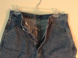 Wrangler Blue Jean Shorts Size 30 Waist Button and Zipper Closure Pockets image 3