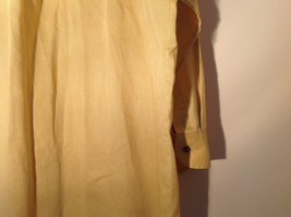 Yellow Honey Colored Button Up Collared Stafford Shirt Front Pocket Size 17 image 7
