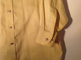Yellow Honey Colored Button Up Collared Stafford Shirt Front Pocket Size 17 image 4