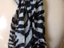 Zebra Striped Scrunched Style Fashion Scarf Light Weight Material NO TAGS image 4
